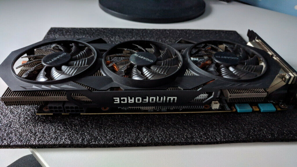 GIGABYTE GeForce GTX 970 4GB WINDFORCE